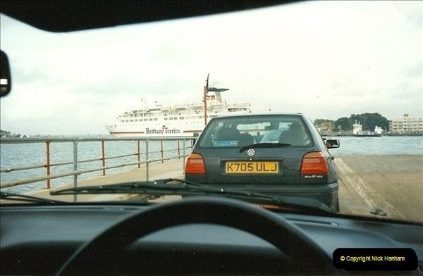 1996-01-04. Sandbanks, Poole, Dorset.  (3)333