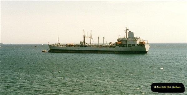 1998-06-20 Plymouth, Devon.  (2)434