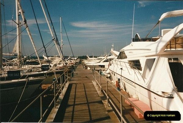 1999-06-13. Lilliput, Poole, Dorset.449