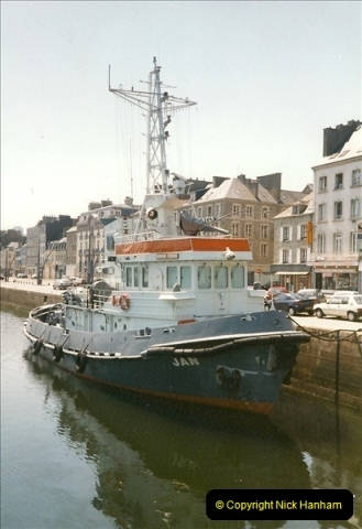 1999-07-25 Cherberg, France.460