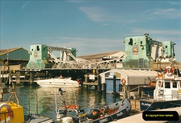 2000-09-03. Poole Quay, Dorset (12)506