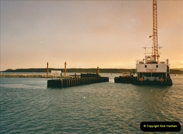 2000-11-13. Poole Quay, Dorset. (2)516