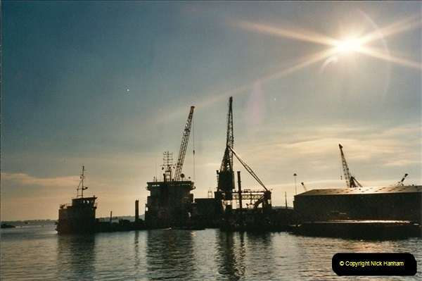 2001-04-08. Poole Quay, Dorset. (1)529
