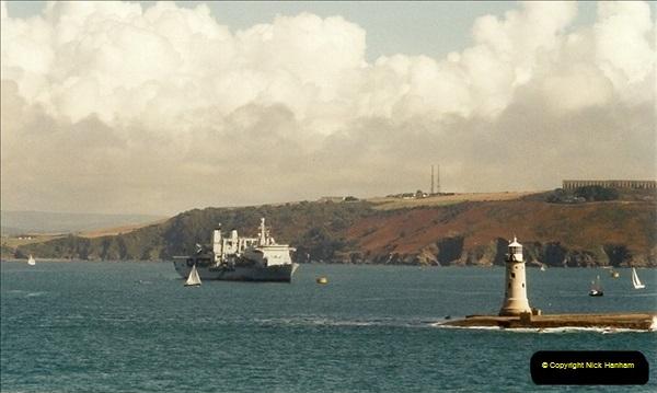 2001-09-21. Plymouth, Devon. (1)541