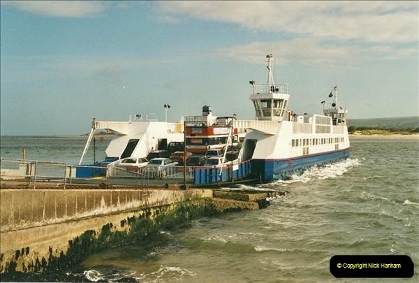 2002-05-29 The Haven, Poole, Dorset.  (1)562