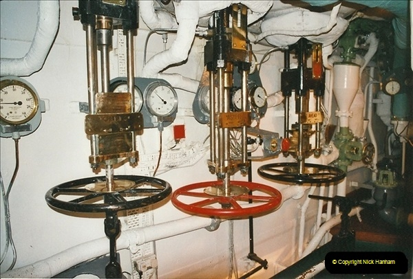 2002-06-17. HMS Belfast, London. (28)600