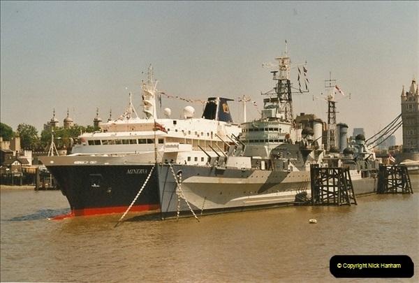 2002-06-17. HMS Belfast, London. (3)575