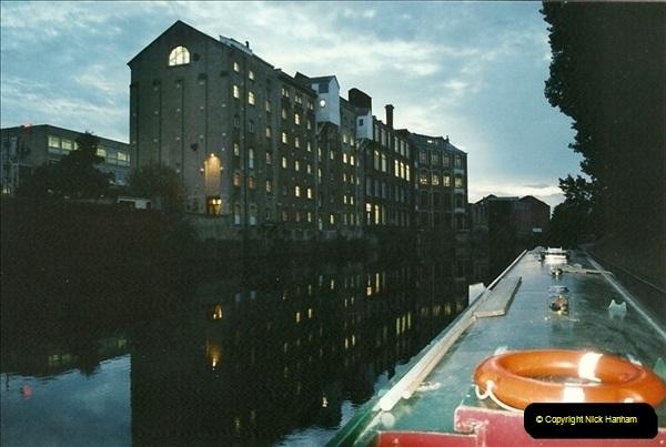 2002-09-28 to 10-04. Kennet & Avon Canal & River Trowbridge to Bristol. (24)640