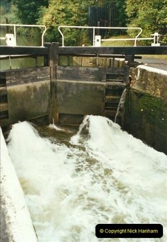 2002-09-28 to 10-04. Kennet & Avon Canal & River Trowbridge to Bristol. (26)642