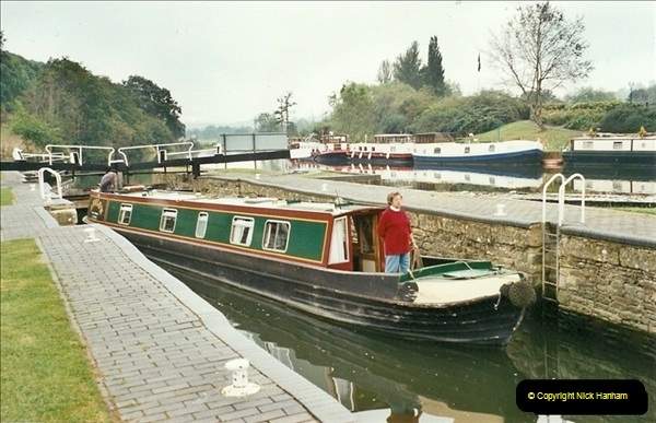 2002-09-28 to 10-04. Kennet & Avon Canal & River Trowbridge to Bristol. (27)643