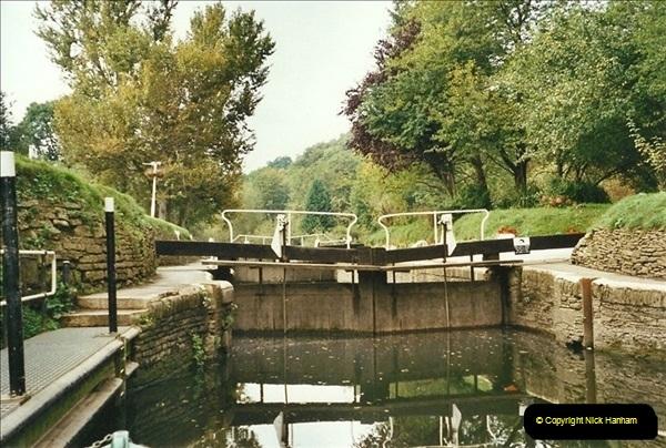 2002-09-28 to 10-04. Kennet & Avon Canal & River Trowbridge to Bristol. (31)647