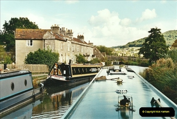 2002-09-28 to 10-04. Kennet & Avon Canal & River Trowbridge to Bristol. (41)657