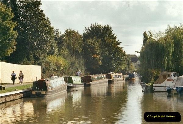 2002-09-28 to 10-04. Kennet & Avon Canal & River Trowbridge to Bristol. (48)664
