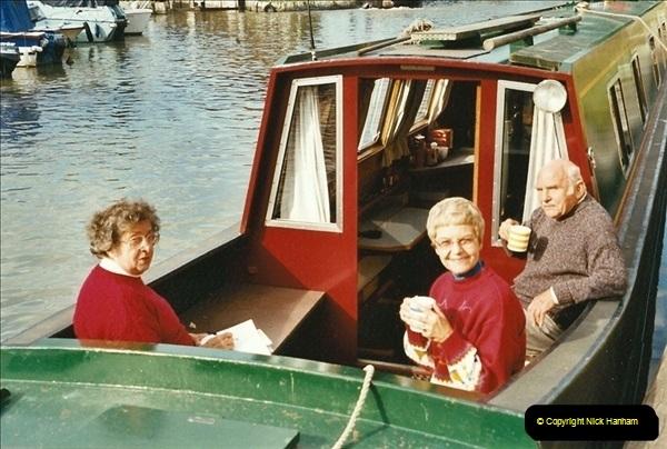 2002-09-28 to 10-04. Kennet & Avon Canal & River Trowbridge to Bristol. (49)665