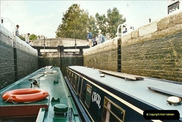 2002-09-28 to 10-04. Kennet & Avon Canal & River Trowbridge to Bristol. (7)623