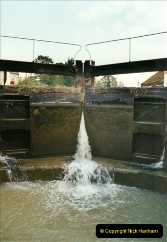 2002-09-28 to 10-04. Kennet & Avon Canal & River Trowbridge to Bristol. (8)624