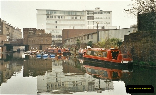 2003-03-29. Regents Canal, Camden, London. (3)671