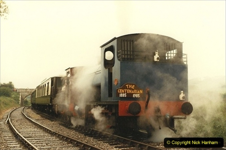 1985-05-27 1885 to 1985 celebrations on the SR. Your Host firing 21 Linda with Pete Frost as driver. (1) 035