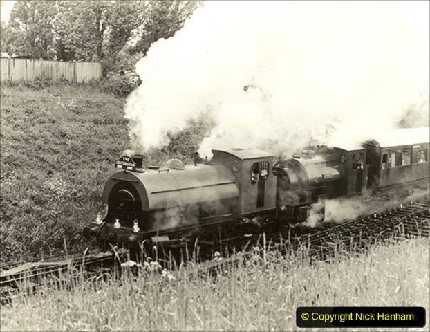 1985-05-27 1885 to 1985 celebrations on the SR. Your Host firing 21 Linda with Pete Frost as driver. (3) 037