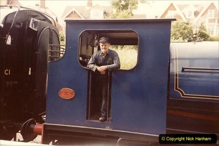 1988-05-15 Driving 21 Linda with Bob Budden as fireman.   (1) 070