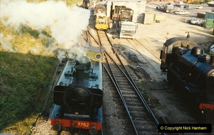 1989-09-20 46443 leave the SR with you Host shunting it with 7752. 099