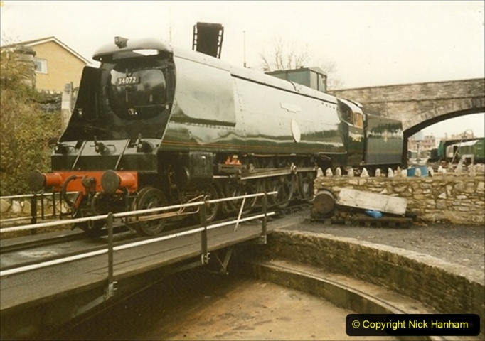 1990-11-17 Your Host's first driving turn on 34072 at Swanage. (1) 134