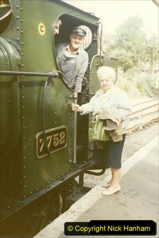 1992-10-15 Your Host driving 7752. My late Mother also in the picture. 170