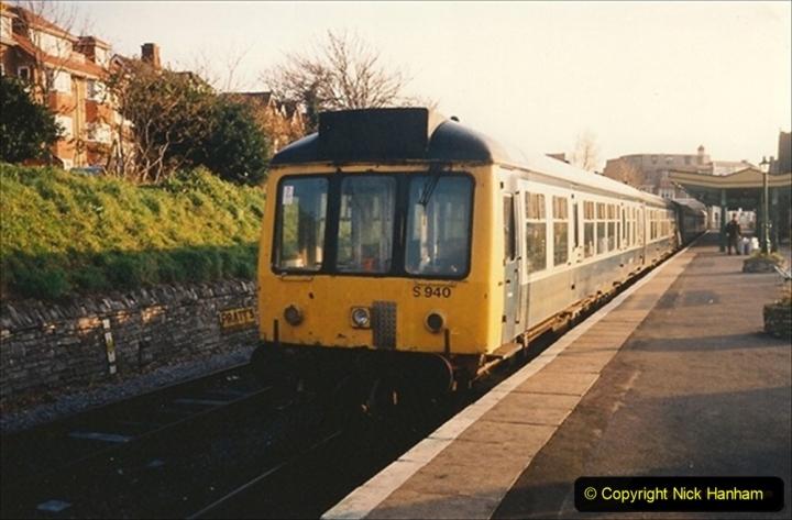 1993-11-05 DMU turn. 198