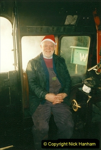 1999-12-19 Santa Specials driving 80104. (1) 264
