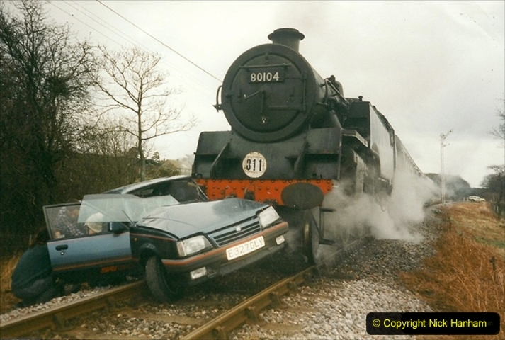 1999-12-26 A day your Host will not forget. The Vauxhall Cavalier car came across Quarr Farm crossing in front of me without stoping. (1) 267