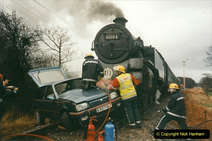 1999-12-26 A day your Host will not forget. The Vauxhall Cavalier car came across Quarr Farm crossing in front of me without stoping. (2) 268