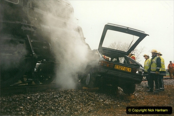 1999-12-26 A day your Host will not forget. The Vauxhall Cavalier car came across Quarr Farm crossing in front of me without stoping. (4) 270