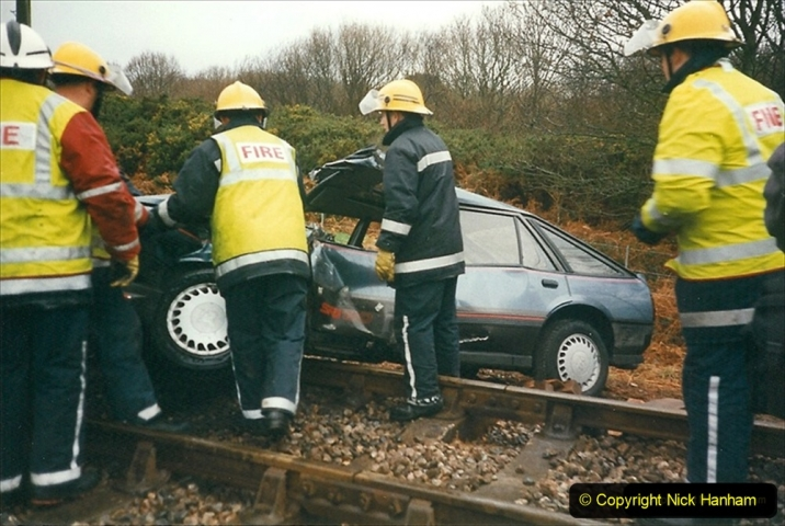 1999-12-26 A day your Host will not forget. The Vauxhall Cavalier car came across Quarr Farm crossing in front of me without stoping. (5) 271