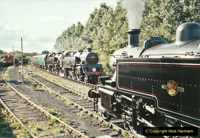 2001-09-08 SR Steam Gala. Your Host driving 41312 from the Mid Hants. (3) 282
