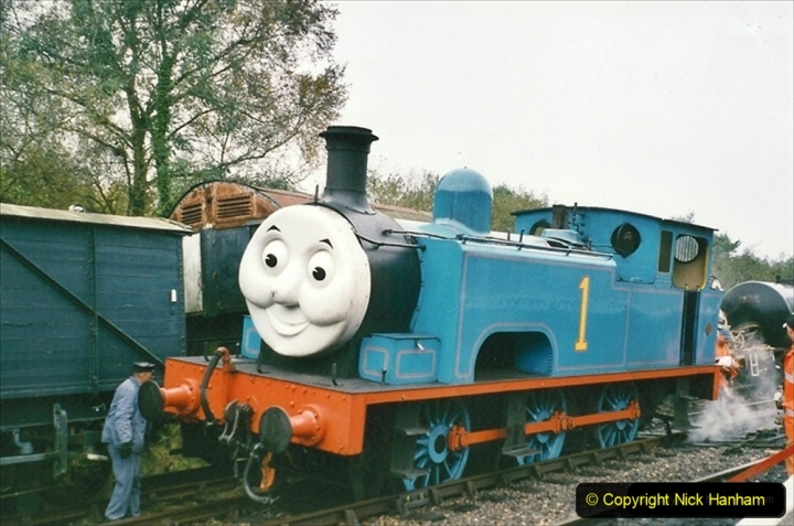 2005-10-26 Your Host has a spot of bother with Thomas!  It did not like the slip point.  (1) 321