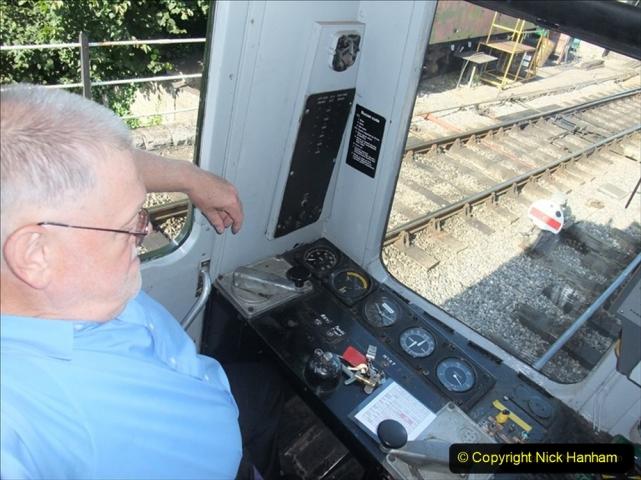 2009-07-22 Late turn DMU driving turn. (2) 365