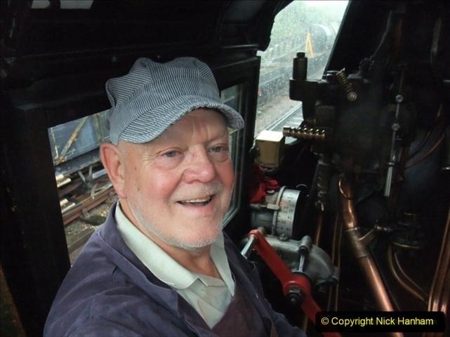 2009-10-05 You Host on Eddystone. (2) 383