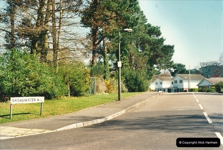 2000-04-13. Resurfacing work, Poole, Dorset. (1)051051