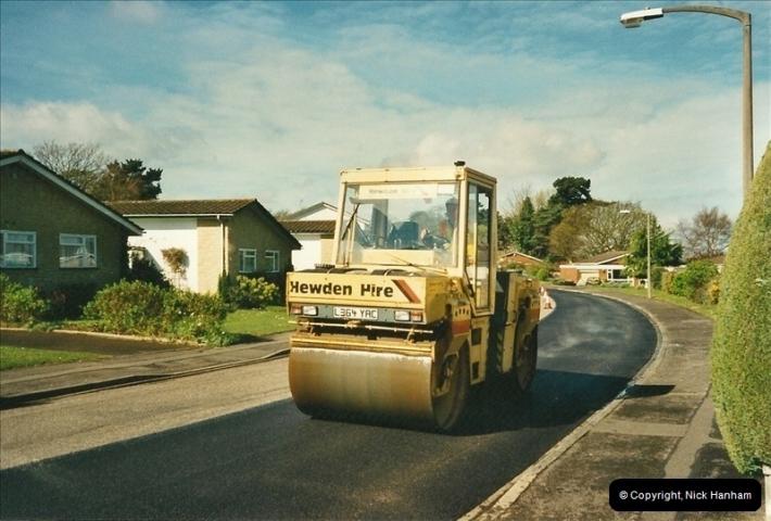 2000-04-13. Resurfacing work, Poole, Dorset. (14)064064