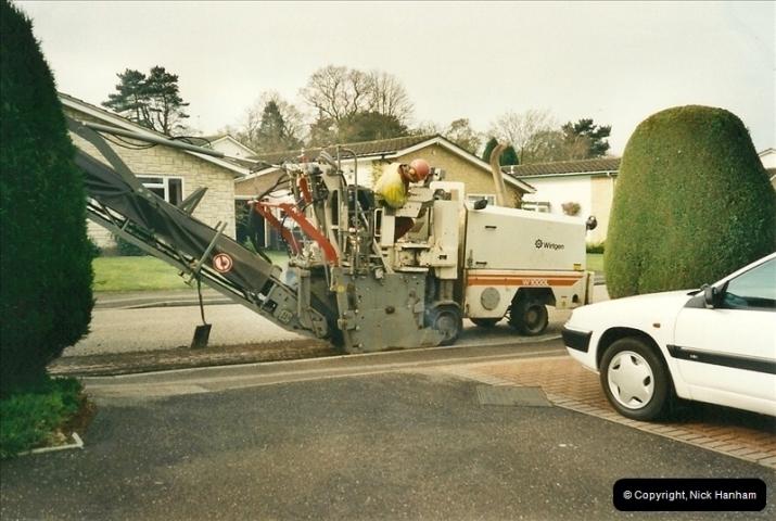 2000-04-13. Resurfacing work, Poole, Dorset. (2)052052