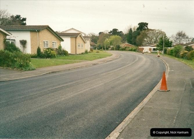 2000-04-13. Resurfacing work, Poole, Dorset. (21)071071