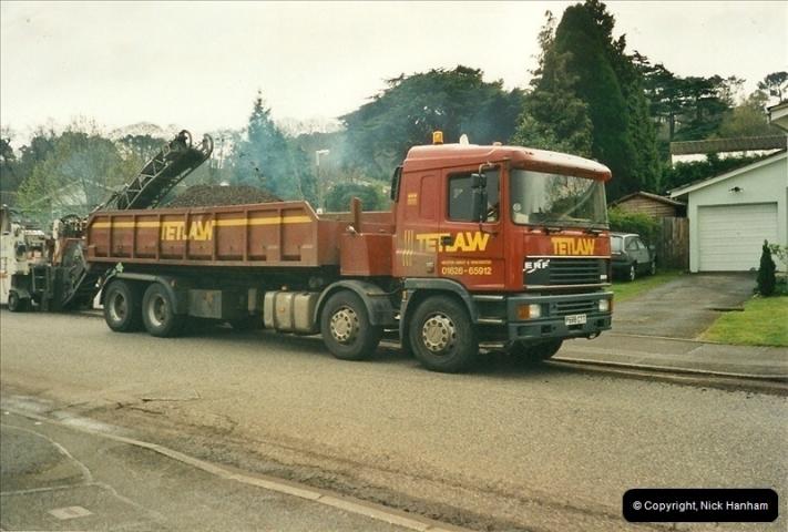 2000-04-13. Resurfacing work, Poole, Dorset. (7)057057