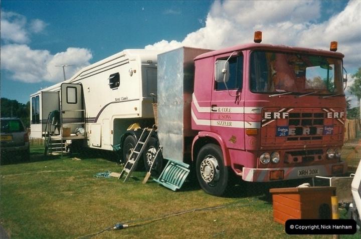 2000-08-19 Christchurch, Dorset.  (4)089089