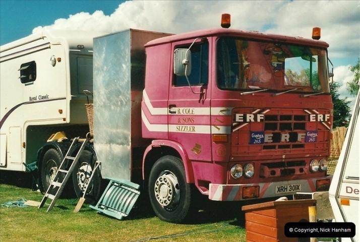 2000-08-19 Christchurch, Dorset.  (6)091091