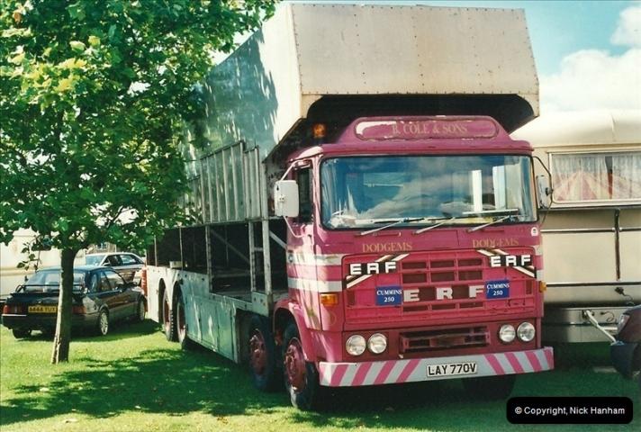 2000-08-19 Christchurch, Dorset.  (8)093093