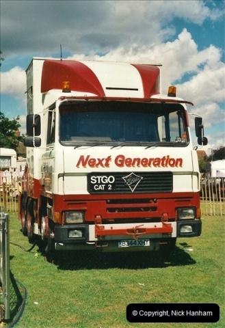 2000-08-23 Poole, Dorset.  (3)097097
