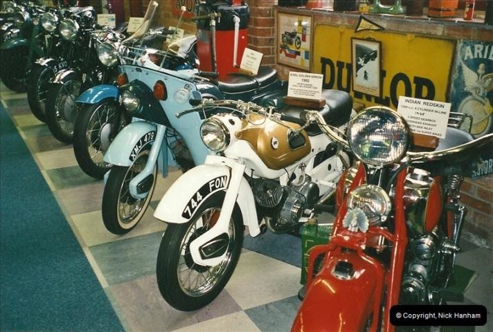 2000-10-29 Sammy Miller Motorcycle Museum, New Milton, Hampshire.  (2)124124