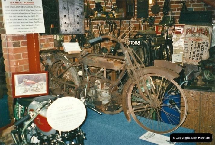 2000-10-29 Sammy Miller Motorcycle Museum, New Milton, Hampshire.  (6)128128