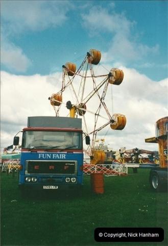 2001-04-08 Poole, Dorset.  (4)148148