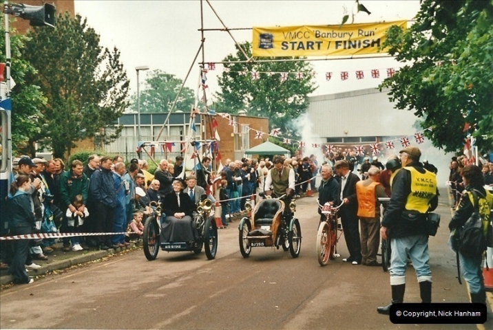 2002-06-17. The Vintage Motorcycle Club's Banbury Run, Banbury, Oxfordshire. (19)223223